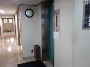 藤井ビルエレベーター