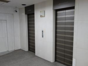 難波ビルディングエレベーター