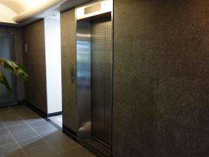 西天満ユートビルエレベーター