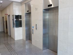 四ツ橋KMビルエレベーター
