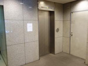 東天満ビルエレベーター