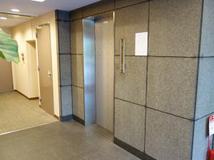 SANWAトレーディングビルエレベーター