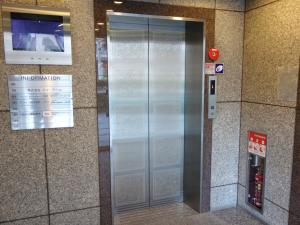 天満橋リーフビルエレベーター