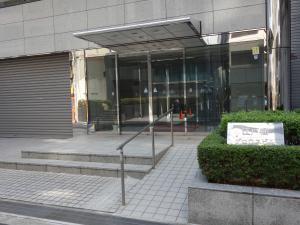 江戸堀グロウスビルエントランス