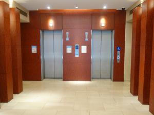 オリックス淀屋橋ビルエレベーター