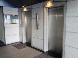 谷町アークビルエレベーター