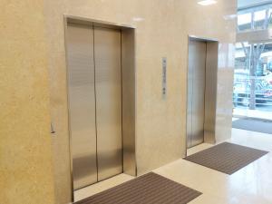 大阪三信ビルエレベーター