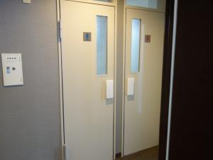 SANWAトレーディングビル男女別トイレ