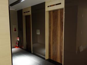 心斎橋M&Mビルエレベーター
