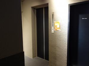 RE-017エレベーター