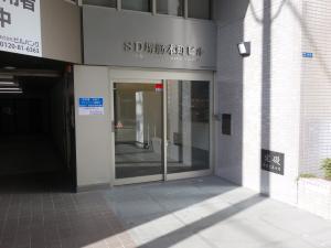 SD堺筋本町ビルエントランス