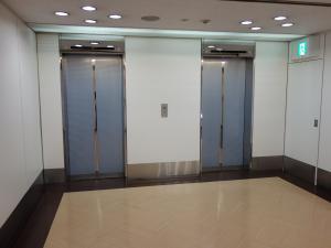 住友生命湊町MTビルエレベーター