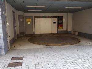 シンプレス江坂ビル立体駐車場