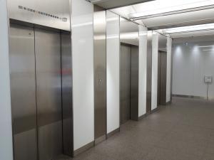 新大阪上野東洋ビルエレベーター
