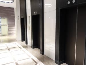 大阪国際ビルディングエレベーター