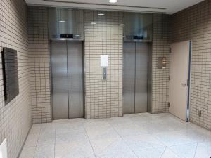 心斎橋谷本ビルエレベーター