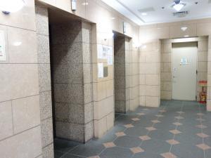 御堂筋ミナミビルエレベーター