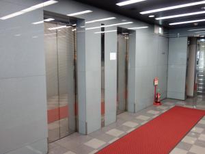 桜橋八千代ビルエレベーター