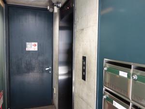 カ・ドーロ心斎橋近商ビルエレベーター