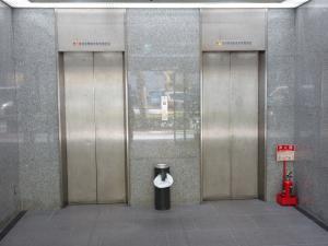 アニックスビルエレベーター