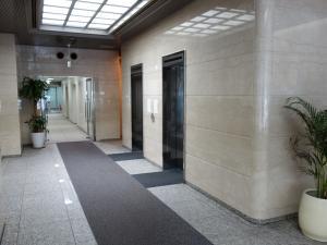 フェニックス南船場ビルエレベーター