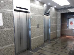 フェニックス内本町ビルエレベーター