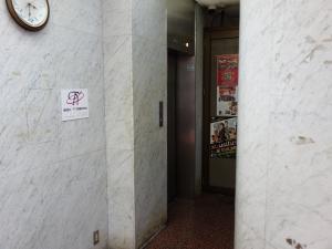 ユーアイプラザビルエレベーター