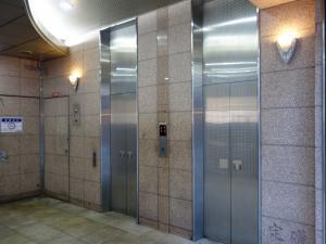 グルメコレクション セーナビルエレベーター