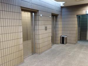 なんばアリーナビルエレベーター