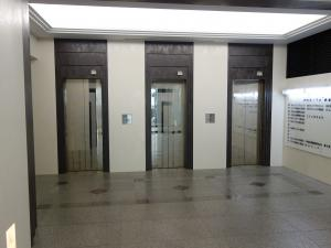 WAKITA堺筋本町ビルエレベーター