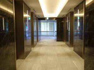 オービック御堂筋ビルエレベーターホール