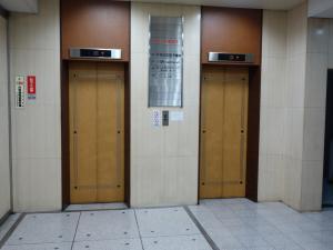 晃進ビルエレベーター