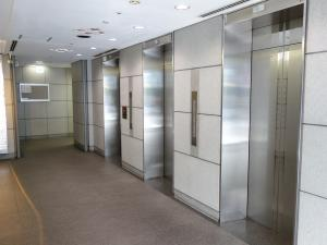 東梅田パークビルエレベーター