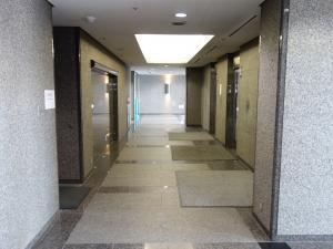 セントラル新大阪ビルエレベーターホール