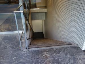 西天満パークビル地下階段