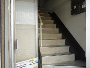 北野ビル階段