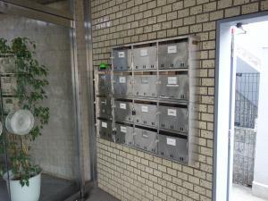 新日本ビル郵便ポスト