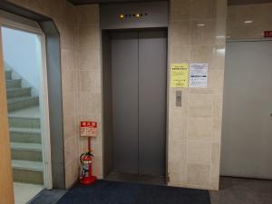 アバンダント堂島ビルエレベーター