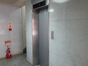 GIパールビルエレベーター