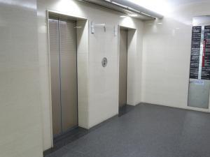 出光ナガホリビルエレベーター