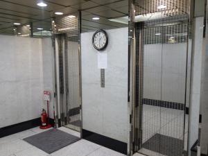 ルグラン心斎橋ビルエレベーター