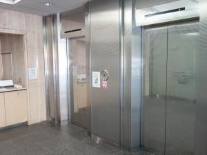 千歳第2(せんざい)ビル(日刊工業新聞社 大阪支社ビル)エレベーター