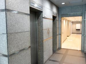 セントアネックスビルエレベーター