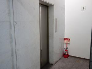南本町武田ビルエレベーター