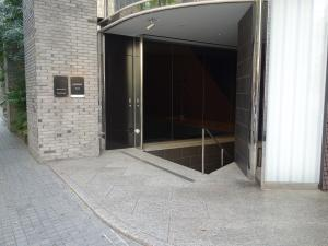ホテルマイステイズプレミア堂島地下入口
