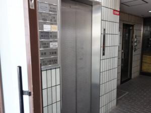 大阪文化会館ビルエレベーター