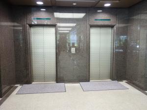 MID今橋ビルエレベーター