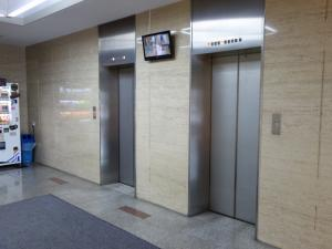 サンビル京橋エレベーター