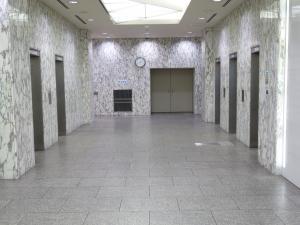 大阪豊田ビルエレベーターホール