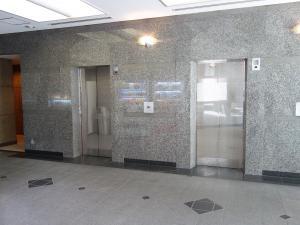 商業第2ビルエレベーター